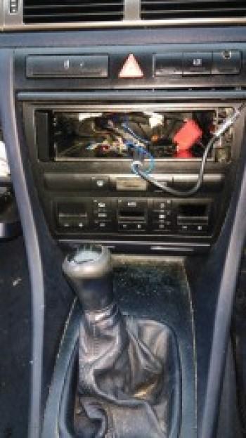 Cutie de viteza Audi A6 (2000 - 2005)