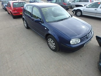 Volkswagen Golf (2003)