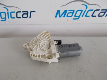 Macara usa  Mercedes A 150  (2004 - 2012)
