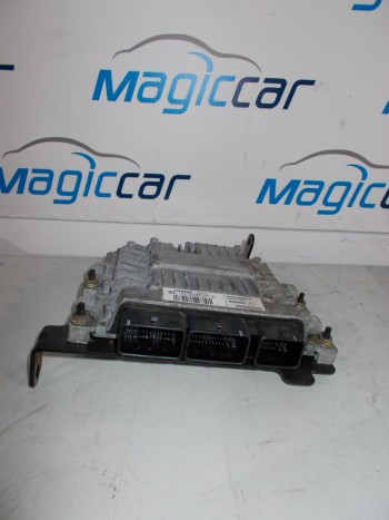 Calculator motor Renault Grand Scenic - 8200565863 / 8200592611 / S122326109a (2005 - 2010)