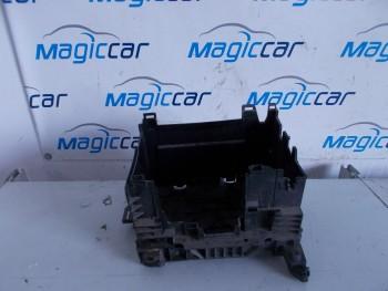 Capac baterie Renault Clio  - 8200314272 (2009 - 2012)