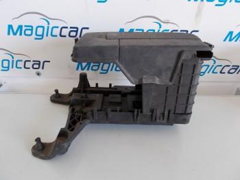Capac baterie Volkswagen Golf 5 - 1K0915448A / 1K0915333C (2004 - 2010)