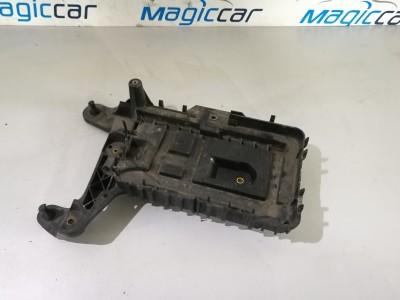 Capac baterie Volkswagen Touran  - 1k09155333 (2004 - 2010)