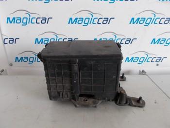 Capac baterie Volkswagen Touran Motorina  - 1K0915335 B (2003 - 2010)