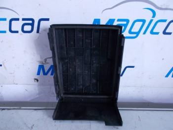 Capac baterie Volkswagen Touran - 1K0937132 F (2007 - 2010)
