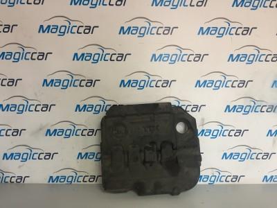 Capac motor Skoda Octavia  - 04L103925 T (2013 - 2017)