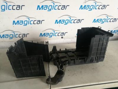 Carcasa baterie Volkswagen Touran  - 1k0915443 / 1k09b15335b / 1k0915333 (2003 - 2010)