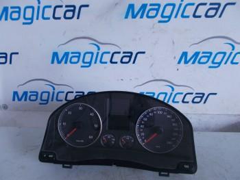 Ceasuri bord Volkswagen Golf (2004 - 2010)