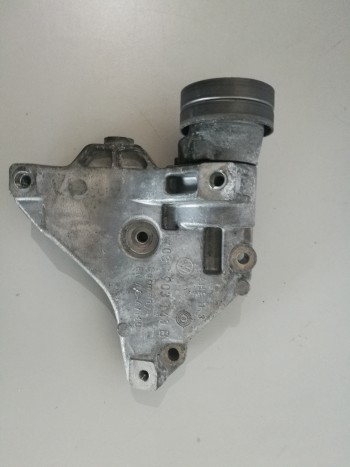 Suport compresor aer conditionat Volkswagen Touran  - 03c903143b (2007 - 2010)