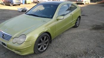Mercedes C 220 (2002)