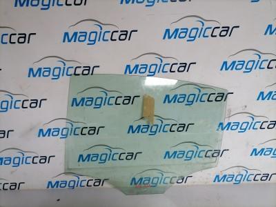 Geam usa  Volkswagen Passat Motorina  (2005 - 2010)