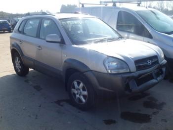 Hyundai Tucson   (2005)