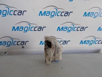 Incuietoare usa Volkswagen Jetta  - - (2005 - 2010)