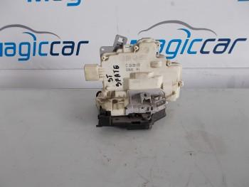 Incuietoare usa Volkswagen Passat  - 3C4839015A (2005 - 2010)