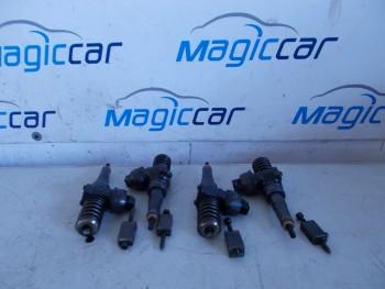 Injector Volkswagen Touran - 0414720313 pdb 043 / 038130073bn (2007 - 2010)