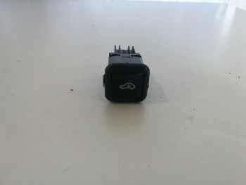 Instalatie de alarma Audi A6 4B C5 - 4b0962109a (2000 - 2005)