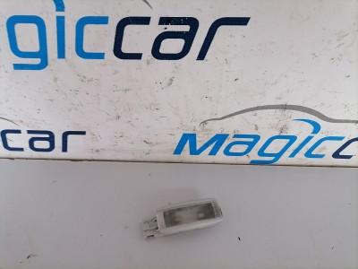 Lampa iluminare habitaclu  Volkswagen Passat Motorina  - 1K0947109 (2005 - 2009)