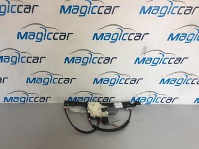 Macara usa  Ford Mondeo  - 6M21-14A389-B (2001 - 2006)