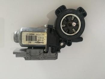 Macara usa  Opel Tigra  - 400853F (2004 - 2010)