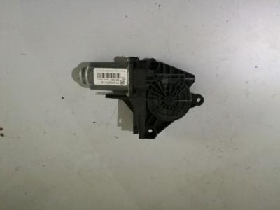 Macara usa  Volkswagen Touran  - 1T0959702M (2004 - 2010)