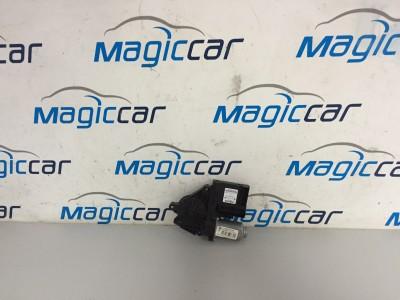 Macara usa  Volkswagen Touran Motorina  - 1T0959702 N/1K0959792 R (2003 - 2010)