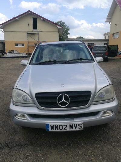 Mercedes ML 270 W163  (2002)