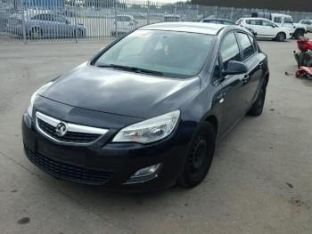 Opel Astra (2010)