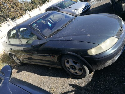 Opel Vectra B   (2001)