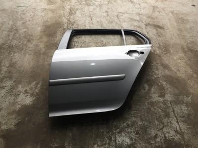 Portiera (usa) spate stanga Volkswagen Golf 5 (2005 - 2010)
