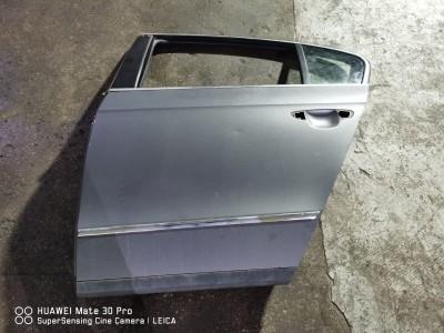 Portiera (usa) spate stanga Volkswagen Passat Motorina  (2005 - 2010)