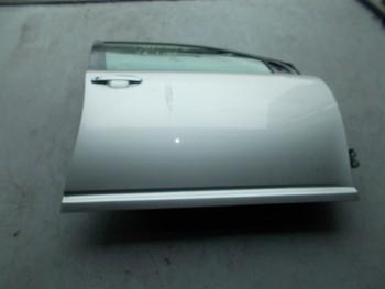 Portiera(Usa) fata dreapta Toyota Avensis (2003 - 2007)