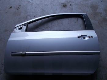 Portiera (Usa) fata stanga Renault Clio  (2009 - 2012)