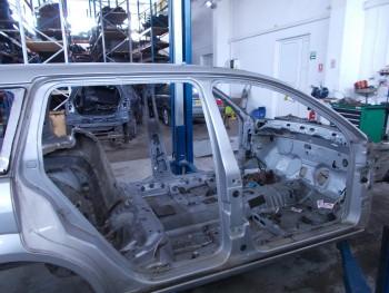 Prag dreapta Ford Mondeo  (2003 - 2007)