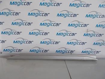 Prag dreapta Suzuki Jimny  (2001 - 2010)