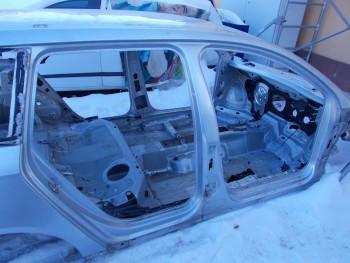 Prag dreapta Volkswagen Passat (2005 - 2010)