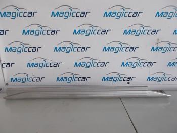 Prag stanga Suzuki Jimny  (2001 - 2010)