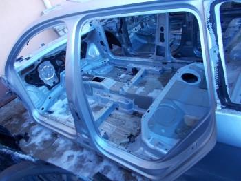 Prag stanga Volkswagen Passat  (2005 - 2010)