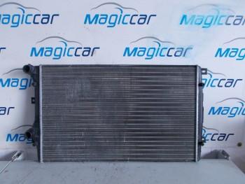 Radiator apa Volkswagen Touran  - 8mk 376726704 (2007 - 2010)