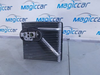 Radiator clima Volkswagen Golf (2008 - 2012)