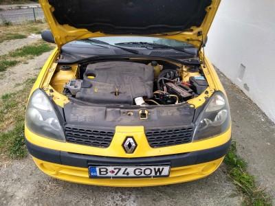 Renault Clio    (2002) 1.5 56 CP Motorina