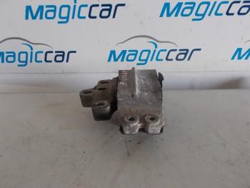 Suport motor Volkswagen Passat  - 3c0199555 (2005 - 2010)
