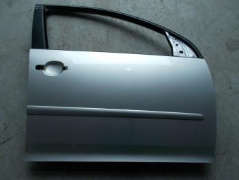 Portiera(Usa) fata dreapta Volkswagen Golf (2004 - 2010)