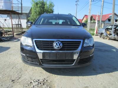Volkswagen Passat B6   (2007) 2.0 140 CP Motorina