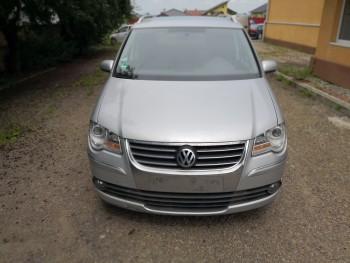 Volkswagen Touran (2008)