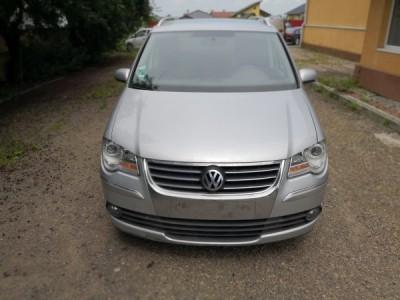 Volkswagen Touran  2.0 Diesel (2009)